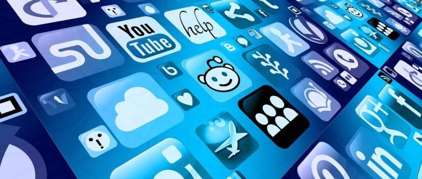 Розміщення і юридичне оформлення додатку у google play та app store.