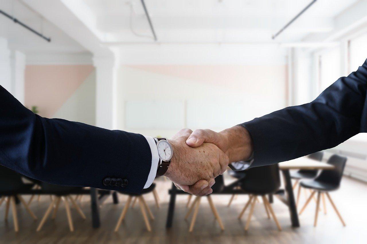 Купівля-продаж корпоративних прав ТОВ і ТДВ (відчуження частки товариства). Оптимальний спосіб продажу частини статутного капіталу.