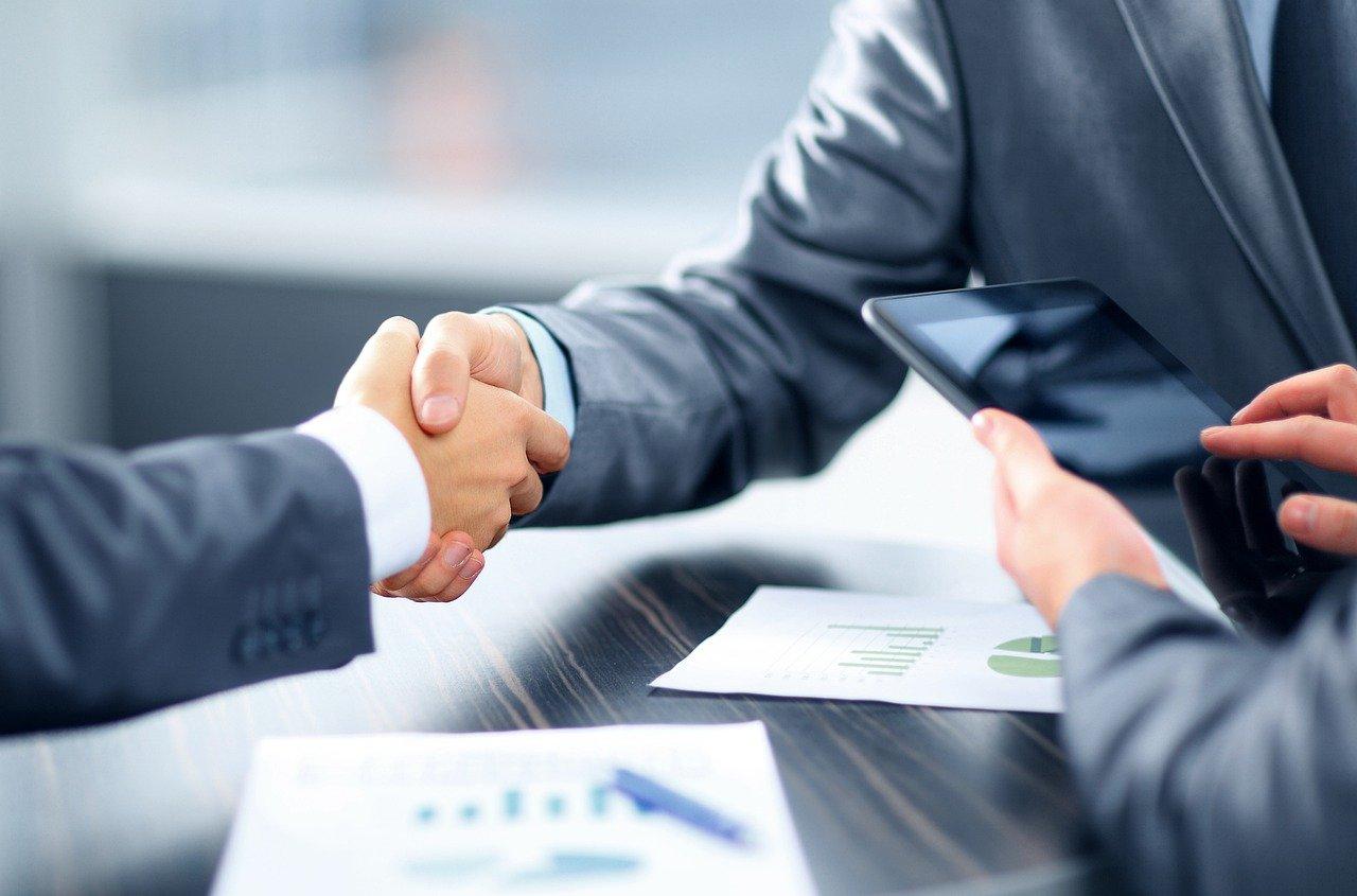13 порад юриста про те, як контролювати розробку програмного забезпечення і сайтів. Оформлення домовленостей з веб-студіями та розробниками, інструменти контролю.